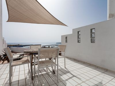 Photo for Gorgeous Apartment Close to Beach with Stunning Ocean Views, Terrace, Balcony, Air Conditioning & Wi-Fi