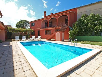 Photo for Vacation home Mima in Duga uvala - 12 persons, 6 bedrooms