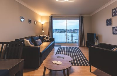 Photo for Modern Waterside Apartment in Southampton