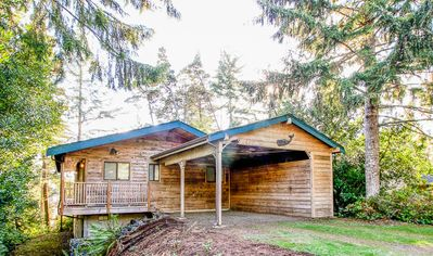 Photo for Northern Manzanita Woodland Cottage Sports Two Living Areas, Sauna!