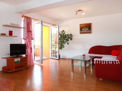 Photo for Apartment Buljubasic (RAB146) in Rab/Rab - 6 persons, 2 bedrooms