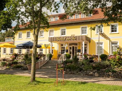 Photo for Manor house on the lake with its own steak house!