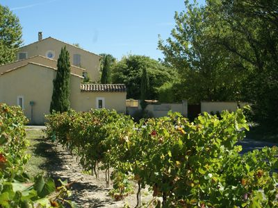 Photo for Charming guest house with SPA in Provence - near Isle sur la Sorgue