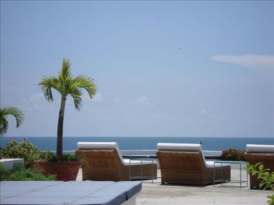 Caribbean view from your own private swimming pool - terrace !