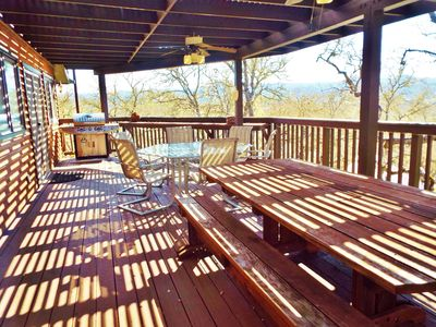 Photo for Quit Dreaming come stay at this Pet Friendly Home at Lake Nacimiento!