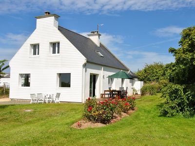 Photo for Quiet and spacious house with a very great garden in a rural environment