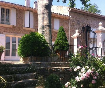 Photo for Old Provencal farmhouse in the heart of the Bandol vineyards