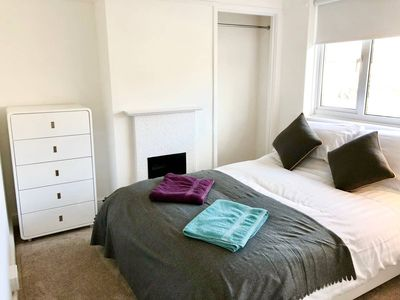 Photo for 1BR Apartment Vacation Rental in Harwell, England