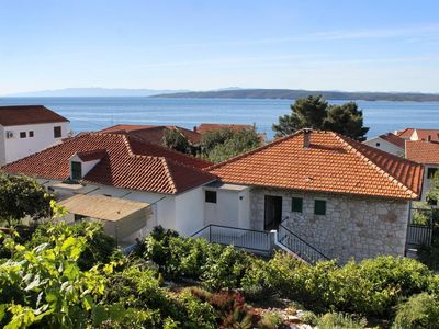 Photo for One bedroom apartment with terrace Zavala (Hvar)