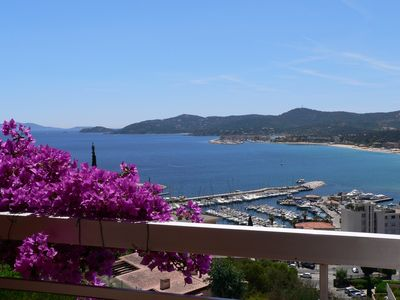 Photo for 2 pieces: exceptional view over garden + terrace overlooking the sea and islands of gold