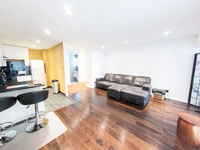 Photo for Sophisticated Penthouse near London's Financial Centre