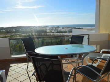 5 Star Townhouse With Magnificent, Uninterrupted Sea Views with free WIFI