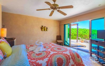 Photo for Stunning Paraiso 4 Bedroom Private Pool Isla Mujeres