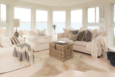 Main House: Sun-filled sitting room, 270 degree beach view