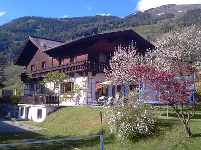 Photo for Spacious chalet in Dorfgastein with 2 kitchens and 6 bedrooms