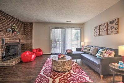 Stay just 3 miles from the University of Virginia at this Charlottesville condo!