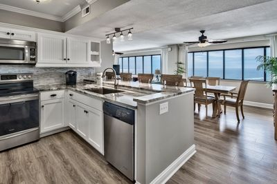 Renovated kitchen with top of the line upgrades!