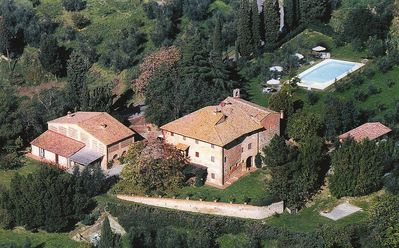 Photo for Cozy panoramic apartment in the heart of Tuscany!