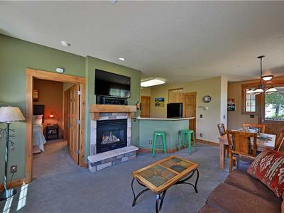 Photo for Ski-in/ski-out condo with pool & hot tub access; great for families!