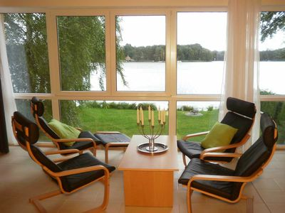 Photo for Upper floor apartment - Ferienwohnhaus Drei am Zemminsee