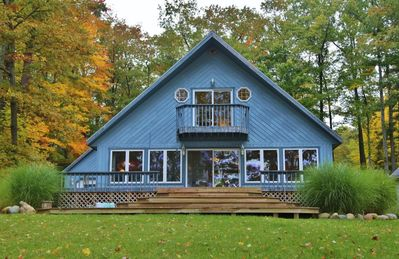 Waterfront Luxury Vacation Home Directly on Hubbard Lake