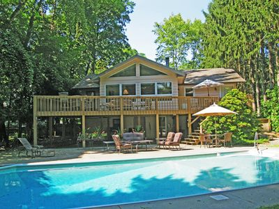 Photo for Pool house with huge yard, fire pit, only 1000 to feet to the beach!