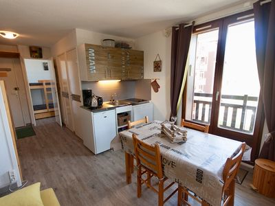Photo for APARTMENT 6 BEDS ALPS SOUTH RISOUL 1850 LOC WEEK END