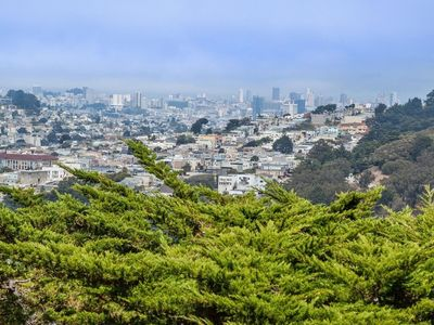 Photo for Hilltop Beauty with Breathtaking San Francisco View