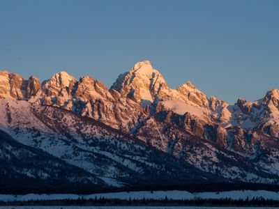 Photo for Enjoy Jackson Hole Mountain Resort and Yellowstone right out your front door!