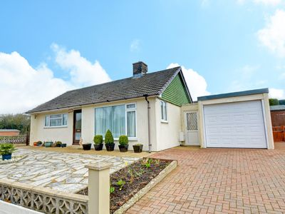Photo for Glencoe is a cosy traditional bungalow in the heart of Kilgetty . This bungalow has 2 bedrooms, a we