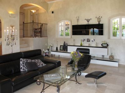 Photo for 3 bedroom Villa, sleeps 6 in La Môle with Pool, Air Con and WiFi