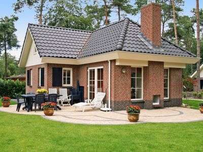Photo for Vacation home DroomPark Beekbergen  in Beekbergen, Gelderland - 6 persons, 3 bedrooms