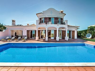 Photo for 4 bedroom villa with amazing views and huge swimming pool at Martinhal Beach