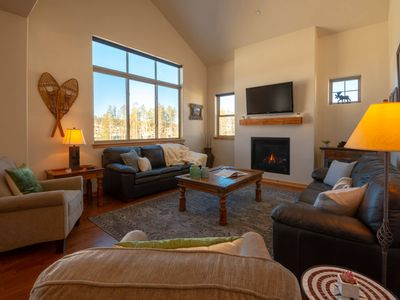 Photo for Trailhead Lodges 723 by WPLCo | Stay Downtown | Near The Park | Sleeps 10