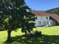 Pleasant gite, lovely owners and neighbours, superb location
