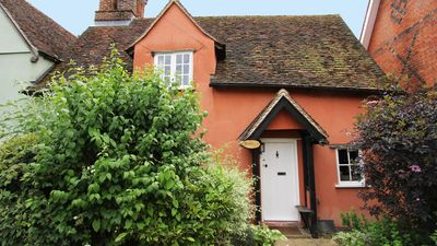 Photo for Cosy and romantic Suffolk cottage, 15th Century Grade 2 listed and dog friendly
