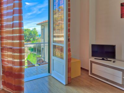 Photo for Apartment in San Lorenzo Al Mare with 2 bedrooms and 5 beds