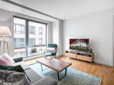 Photo for Spacious 2BR in the North End w/ Gym + Doorman by Blueground