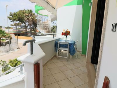 Photo for Ettore holiday home with sea view in Residence Uxsentum