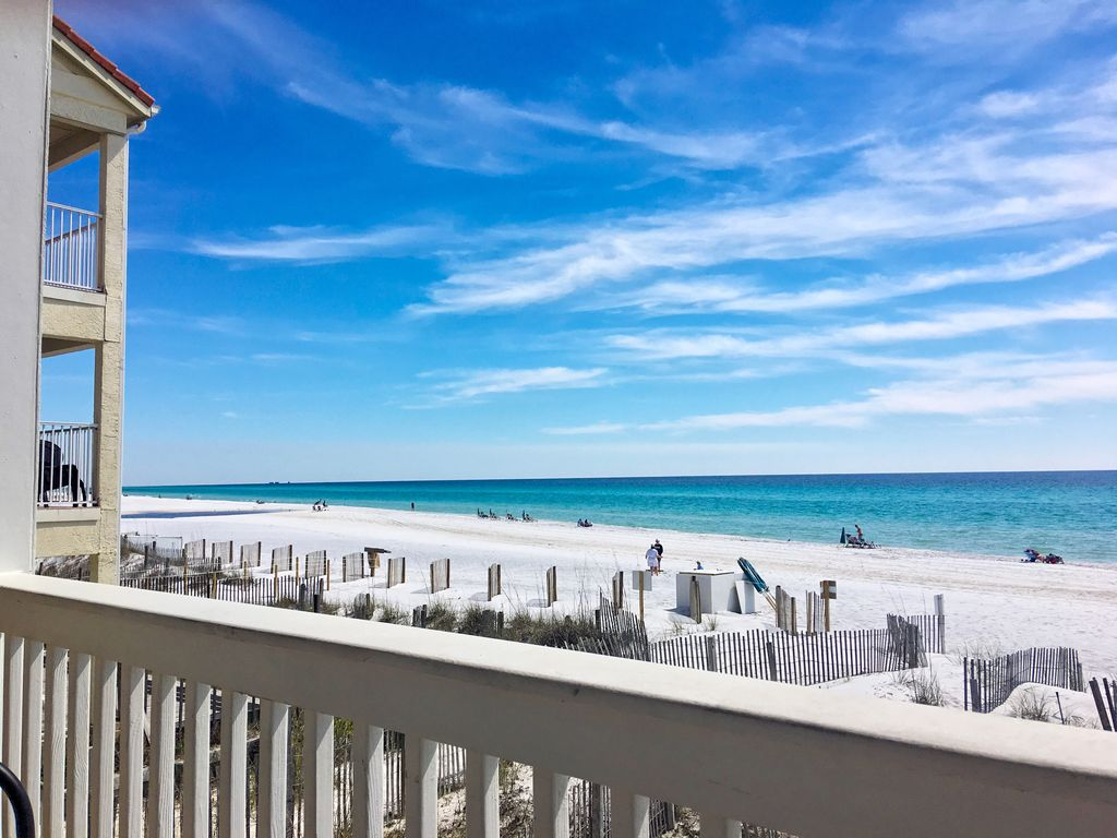 Gorgeous beach front! Touristy Area and Fam... - VRBO