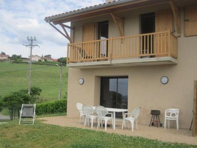 Photo for Gite CHEVRIERES, 2 bedrooms, 6 persons
