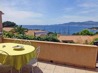 Photo for Terraced house with garden, view of the Gulf of Ajaccio, 3 bedrooms, only 100m. from the beach