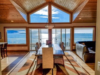 Photo for Luxury Vacation Home on the beach!