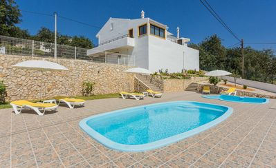 Photo for Cozy and quiet house in the Algarve with pool and terrace