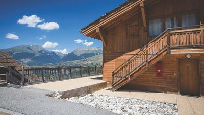 Photo for Luxury 2 bedroom apartment within a chalet, 55m2  in village location Les Coches