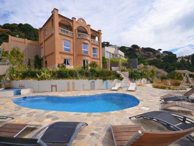 Photo for Club Villamar - Beautiful spacious Spanish holiday villa with private pool and a fantastic view, ...