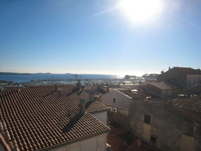 Photo for Town center T2 - 4 PERS- view sea- terr. tropezienne - clim - Wifi - garage