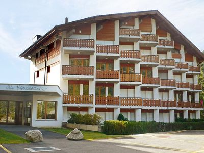Photo for Apartment 1.4 km from the center of Orsières with Lift, Parking (451057)