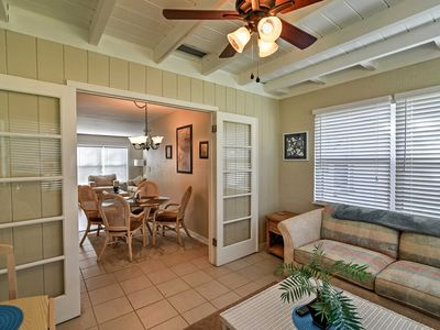 Photo for Bright Seminole House w/Yard - 20 Mins to Beaches!