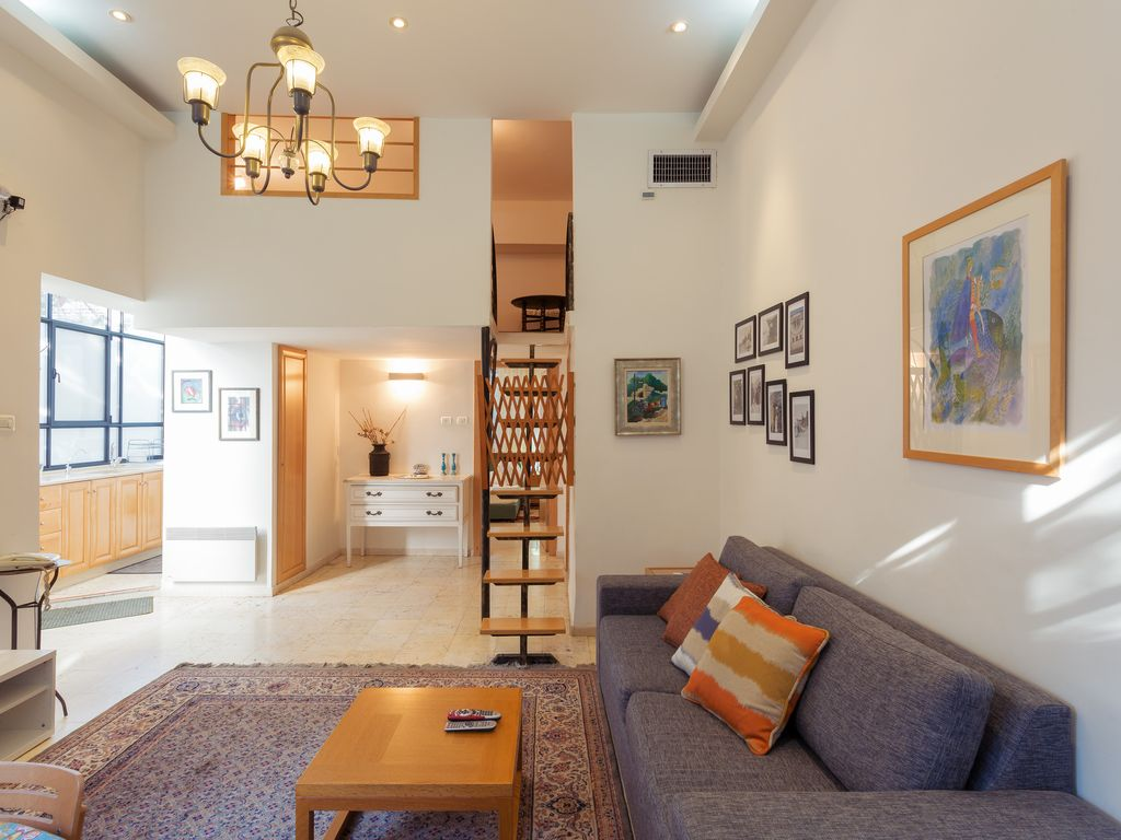 Best Location German Colony Serviced Vacation Apartments Clean Comfortable Bnb Daily